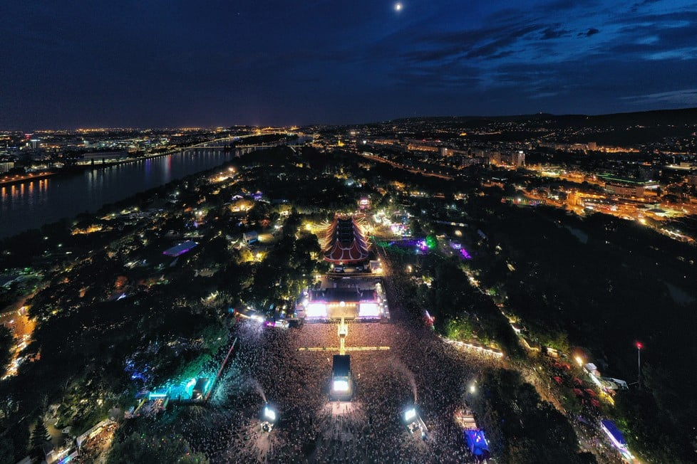 https://cdn2.szigetfestival.com/c19m0lo/f851/sk/media/2019/08/bestof24.jpg