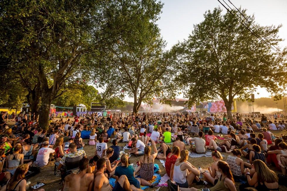 https://cdn2.szigetfestival.com/ca9s5s/f851/en/media/2019/08/hetfo36.jpg