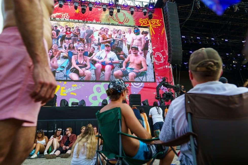 https://cdn2.szigetfestival.com/ca9s5s/f851/es/media/2019/08/hetfo13.jpg