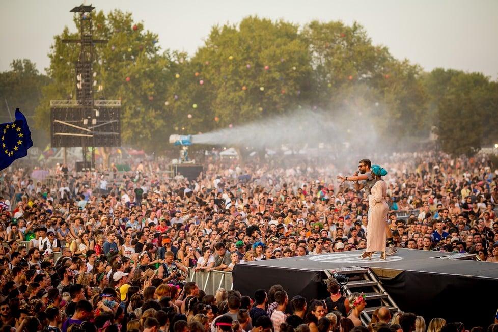 https://cdn2.szigetfestival.com/ca9s5s/f851/hu/media/2019/08/hetfo37.jpg