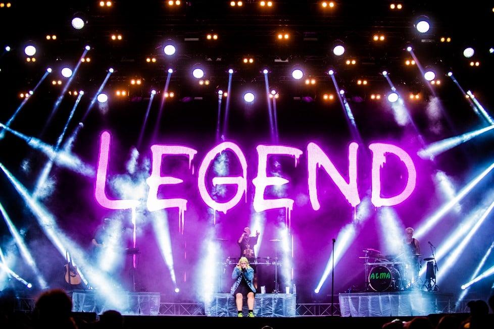 https://cdn2.szigetfestival.com/ca9s5s/f851/hu/media/2019/08/kedd2.jpg
