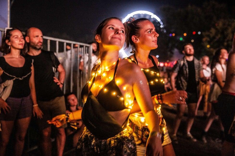 https://cdn2.szigetfestival.com/ca9s5s/f851/hu/media/2019/08/kedd28.jpg