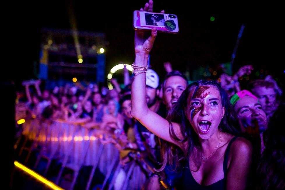 https://cdn2.szigetfestival.com/ca9s5s/f851/hu/media/2019/08/kedd41.jpg