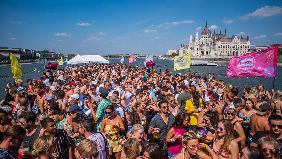 https://cdn2.szigetfestival.com/cbnpwm/f851/it/media/2019/01/boat_0003_kma_5843.jpg