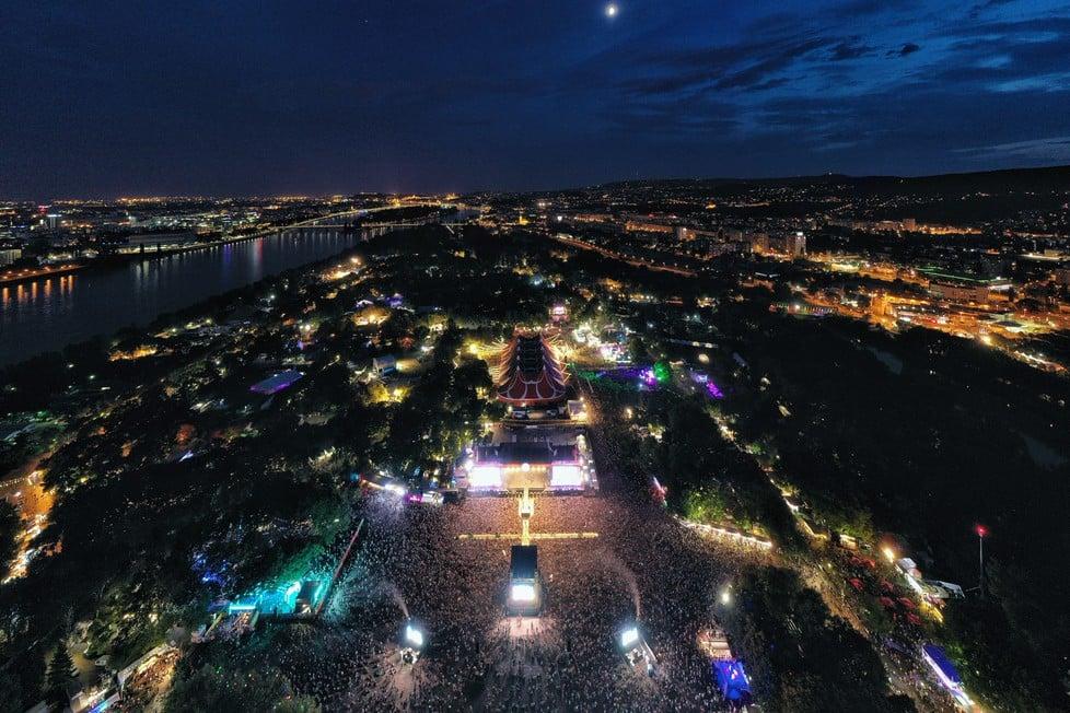 https://cdn2.szigetfestival.com/cdf5bn/f851/es/media/2019/08/bestof24.jpg
