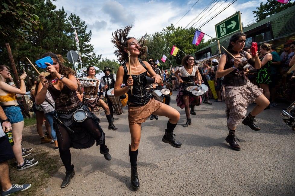 https://cdn2.szigetfestival.com/cdf5bn/f851/es/media/2019/08/bestof35.jpg