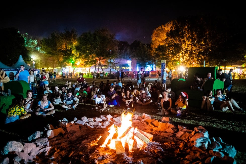 https://cdn2.szigetfestival.com/cghmb9/f851/es/media/2019/08/bestof38.jpg