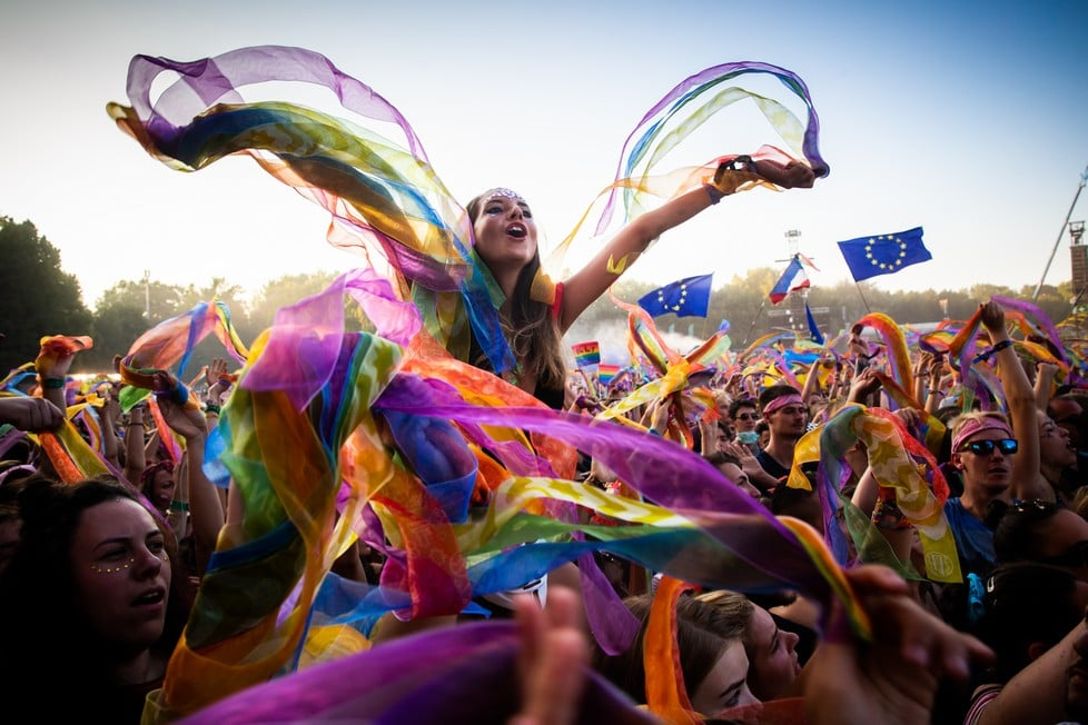 https://cdn2.szigetfestival.com/cv2brl/f851/de/media/2019/08/bestof15.jpg